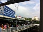 Greve de ônibus causa fila na estação das barcas em Niterói, no RJ