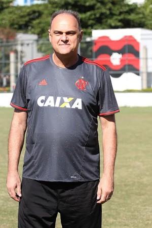 Oscar Schimdt camisa Flamengo (Foto: Gilvan de souza/ Flamengo)