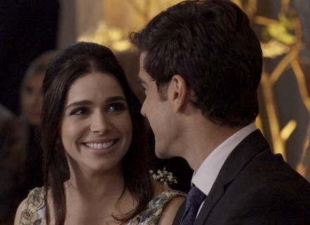 Shirlei revela onde sonha em se casar com Felipe