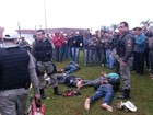 Assaltantes batem carro após perseguição e são presos no RS