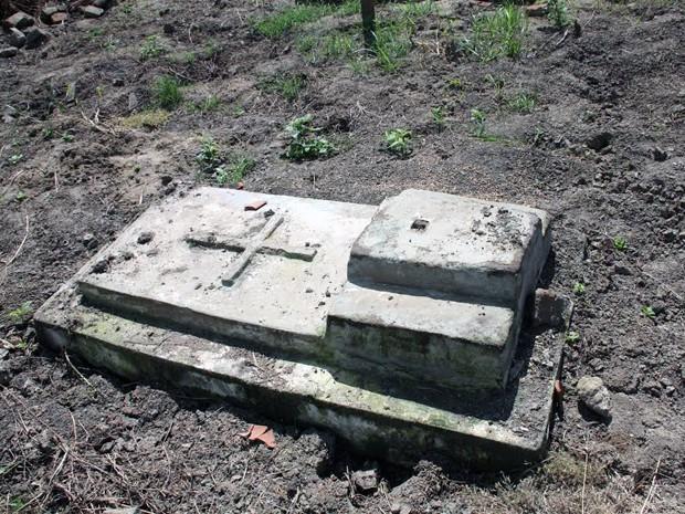 Cemitérios submersos voltaram a aparecer por causa da estiagem (Foto: Assessoria de Imprensa/MPF-PB)