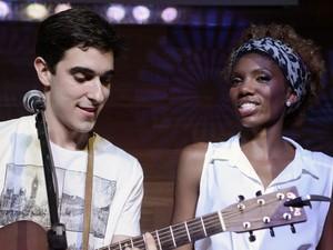 Késia e Gustavo cantam juntos em show de Liah Soares, no Rio (Foto: The Voice Brasil/TV Globo)