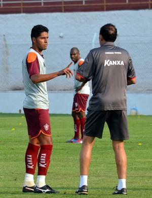 Willian Magrão, volante do Boa Esporte (Foto: Tiago Campos)