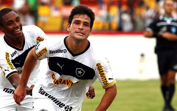 Lodeiro comemora gol do Botafogo sobre o Audax (Foto: Cezar Loureiro / Agência O Globo)