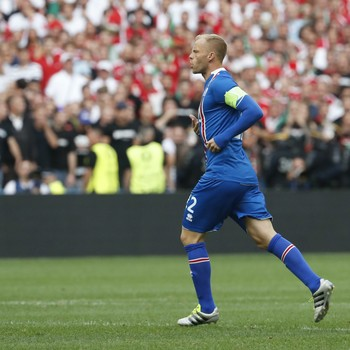 Eidur Gudjohnsen - Islândia x Hungria (Foto: Reuters)