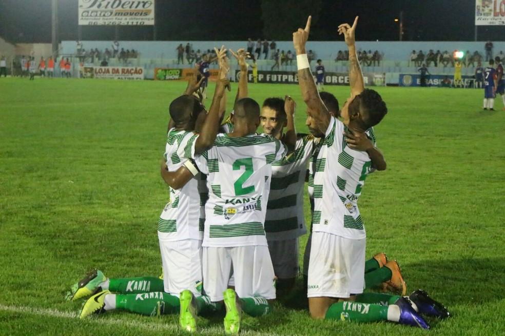 Altos classificou-se ao vencer o Tocantins no último domingo (Foto: Wenner Tito)