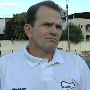 Paulo César Schardong, técnico do Castelo (Foto: Reprodução/TV Gazeta Sul)