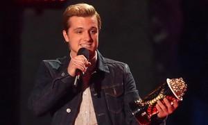 'Jogos vorazes: Em chamas' vence o MTV Movie Awards