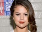 Selena Gomez demite mãe e padastro, seus empresários, diz site