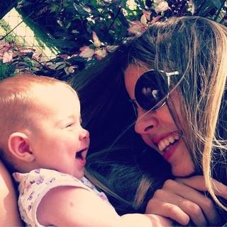 Debby Lagranha e filha, Maria Eduarda (Foto: Instagram / Reprodução)