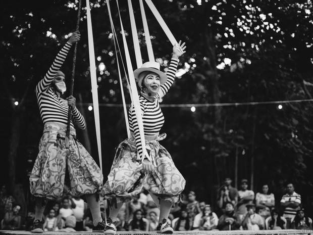 Espetáculo 'Quintal de Luís' é inspirado na vida e na obra do folclorista potiguar Luís da Câmara Cascudo (Foto: Luana Tayse)