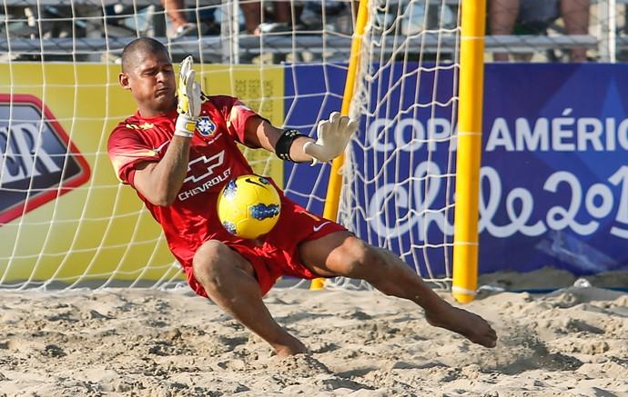 Mão, goleiro da seleção brasileira de futebol de areia (Foto: Marcello Zambrana)