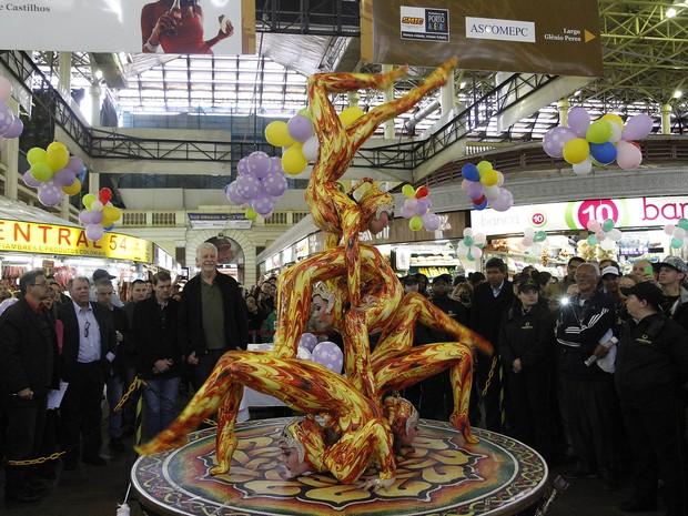 Apresentação artística que fez parte da comemoração de 146 anos do Mercado Público (Foto: Ricardo Giusti / PMPA)