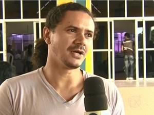 O ator Elder Aguiar  (Foto: Reprodução/TV Tapajós)