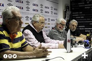 Eurico Miranda coletiva no Vasco (Foto: Twitter do Vasco)