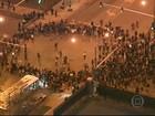 Manifestantes desafiam toque de recolher em Baltimore (EUA)
