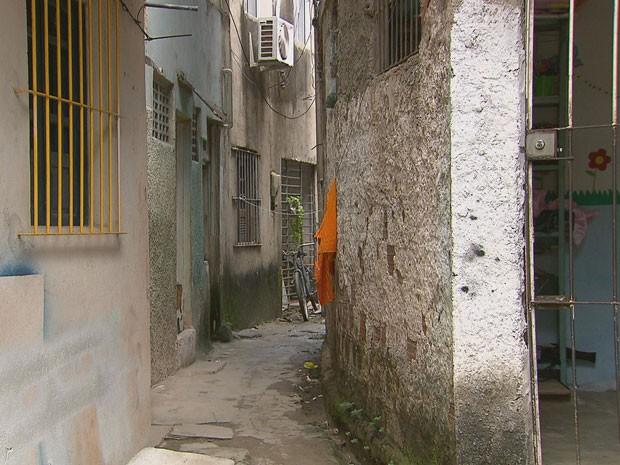 Caso ocorreu em uma travessa da Rua Dona Benvinda de Farias, em Boa Viagem (Foto: Reprodução/TV Globo)