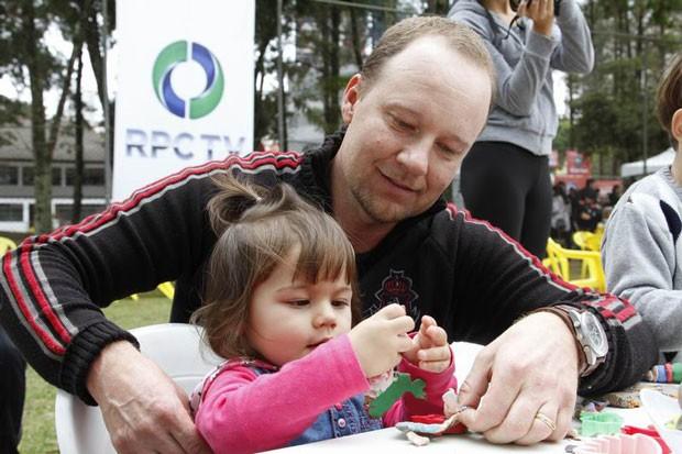 Crianças aproveitaram as atividades do espaço da RPC TV (Foto: Euricles Macedo/RPC TV)