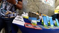Reportagem flagra venda de celulares sem nota fiscal no Centro