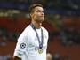 Jornal: Cristiano Ronaldo acerta  renovação com o Real até 2020