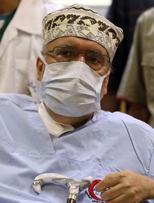 Abdelbaset al-Megrahi, em foto de 2009, foi internado em estado grave na sexta-feira (13) (Foto: Mahmud Turkia/AFP)