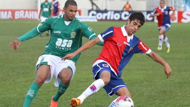 Luisinho paraná x Guarani (Foto: Franklin de Freitas / Ag. Estado)