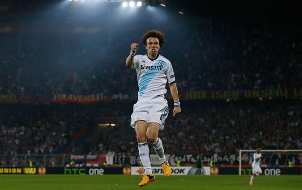 David Luiz comemora, Basel x Chelsea  (Foto: Reuters)