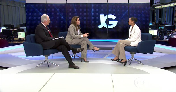 Os jornalistas William Waack e Christiane Pelajo entrevistam Marina Silva para o Jornal da Globo (Foto: Reprodução/TV Globo)