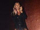 Adriane Galisteu se empolga dançando 'Lepo Lepo'