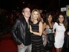 Maitê Proença e mais famosos vão ao cinema no Rio