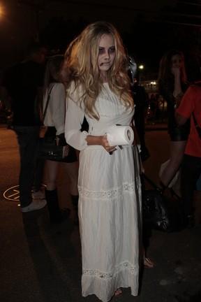 Ellen Rocche em festa de Halloween no Rio (Foto: Isac Luz/ EGO)