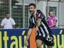 Pedra no sapato: defesa do Inter tem prova de fogo contra carrasco Pratto