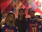 Lexa e Guimê tietam Neymar em Barcelona