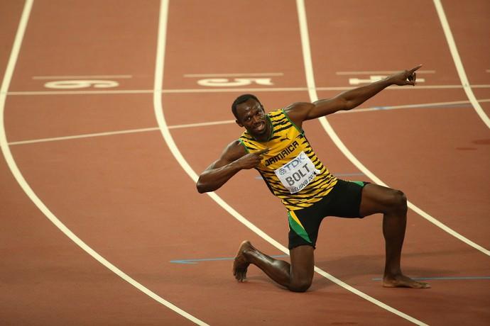Usain Bolt após final dos 200m, no Mundial de Atletismo  em Pequim (Foto: Getty Images)