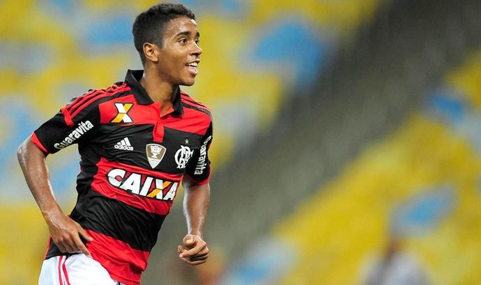 Gabriel comemora gol do Flamengo contra o américa-RN (Foto: Dhavid Normando / Agência Estado)