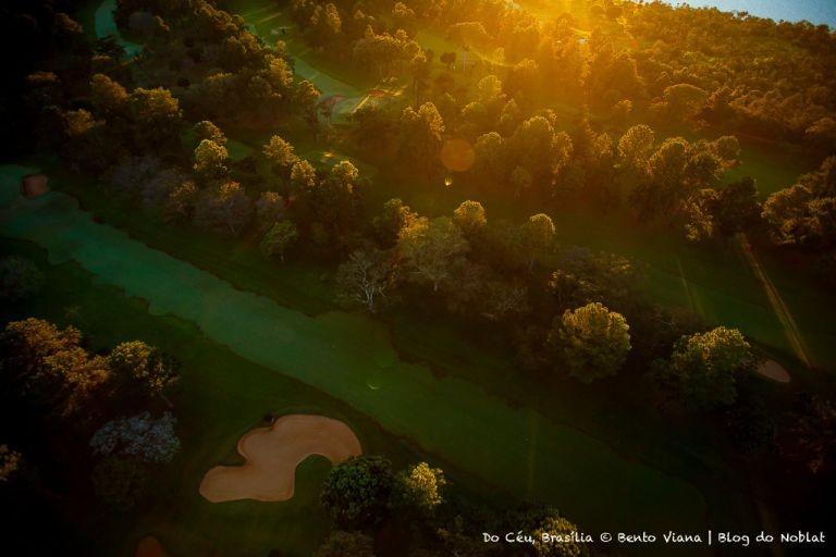 Clube de golf ao amanhecer (Foto: Bento Viana)