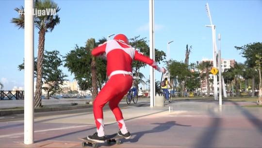 Power Ranger vermelho em dose dupla no Ceará