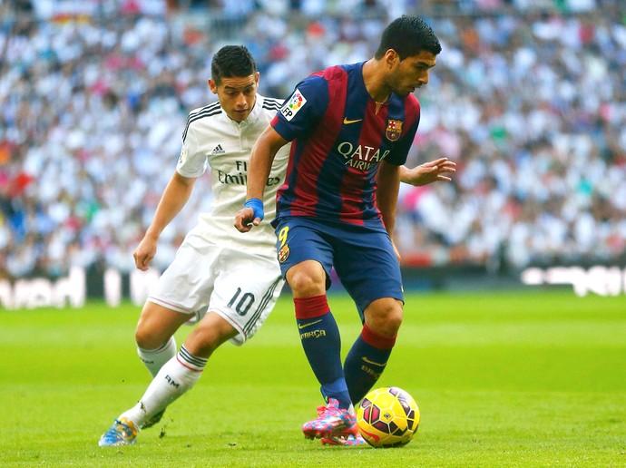James e Luis Suarez, Real Madrid x Barcelona (Foto: EFE)
