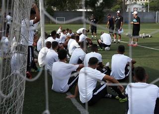 Santos Copinha técnico Marcos Soares (Foto: Pedro Ernesto Guerra Azevedo / Santos FC)