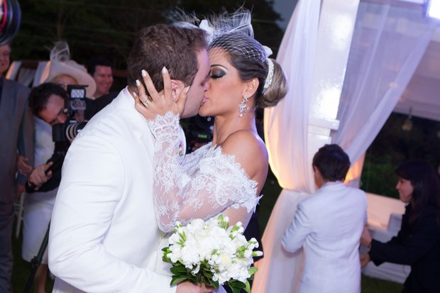 Mayra Cardi se casa no Mato Grosso (Foto: Raphael Mesquita/ Foto Rio News)