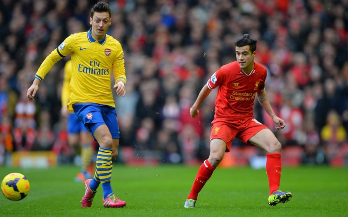 Philippe Coutinho e Ozil, Liverpool x Arsenal (Foto: Getty Images)