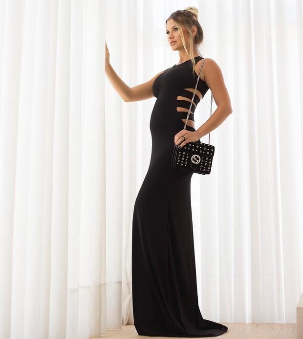 6f3e77ecb86 EGO - Andressa Suita mostra barriguinha de grávida com vestido longo ...