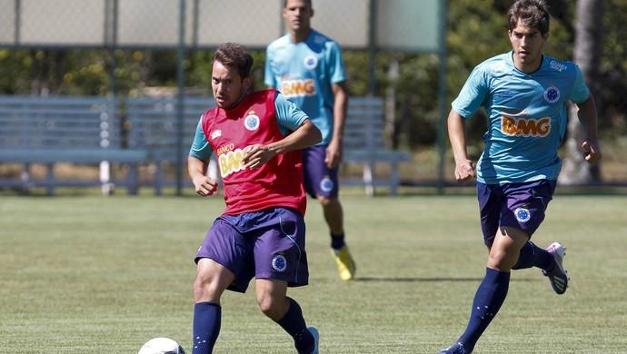 Éverton Ribeiro, Lucas Silva, Cruzeiro, Toca da Raposa II, treino (Foto: Washington Alves / Vipcomm)