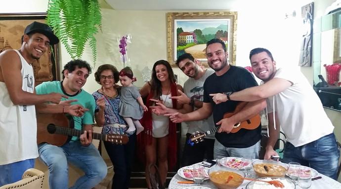 Samba de Donanna comemora Dia das Mães em família e muita música (Foto: Arquivo pessoal)