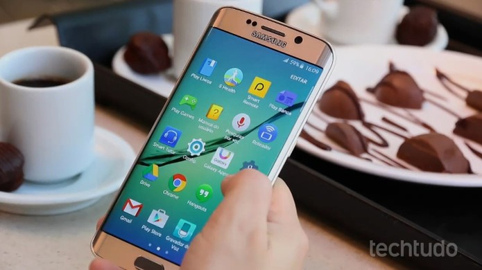 Interface TouchWiz dos Galaxy S6 e S6 Edge traz apps da Samsung (Foto: Lucas Mendes/TechTudo) (Foto: Interface TouchWiz dos Galaxy S6 e S6 Edge traz apps da Samsung (Foto: Lucas Mendes/TechTudo))