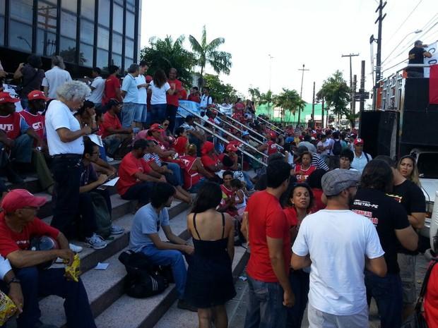 Manifestação no Recife (Foto: G1)