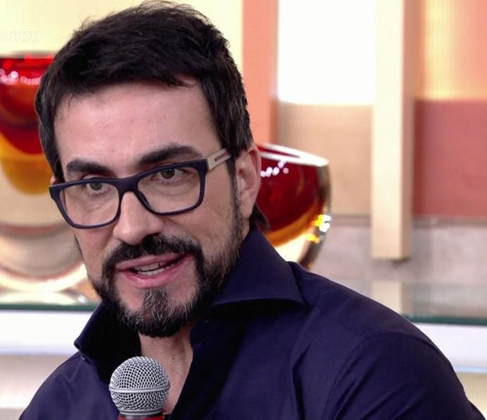Padre Fábio de Melo fala sobre sua biografia 'Humano Demais' (Foto: TV Globo)