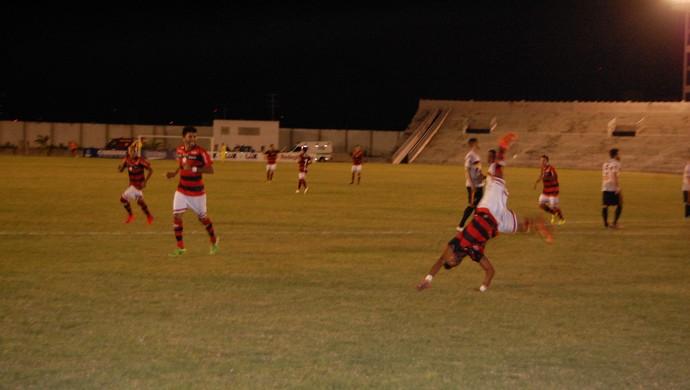 Campinense x Globo FC, Amigão (Foto: Silas Batista / GloboEsporte.com)