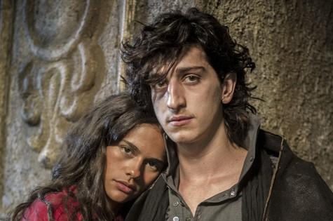 Arianne Botelho e Johnny Massaro em 'Amorteamo' (Foto: Renato Rocha Miranda/TV Globo)