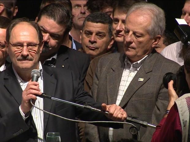 José Ivo Sartori irá disputar o governo do estado pelo PMDB (Foto: Reprodução/RBS TV)